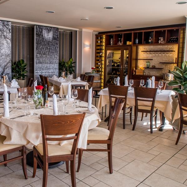 Restavracija - 600x600
